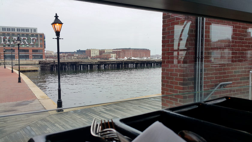 voyage-usa-baltimore-waterfront-kitchen-resto-05