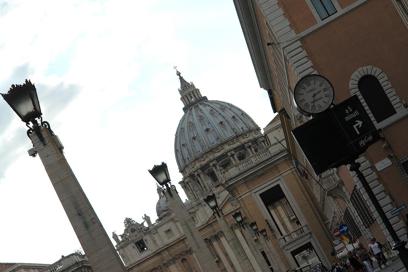 vatican-basilique-saint-pierre-01