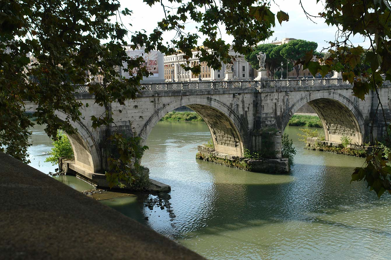 Ponte-Sant-Angelo-01