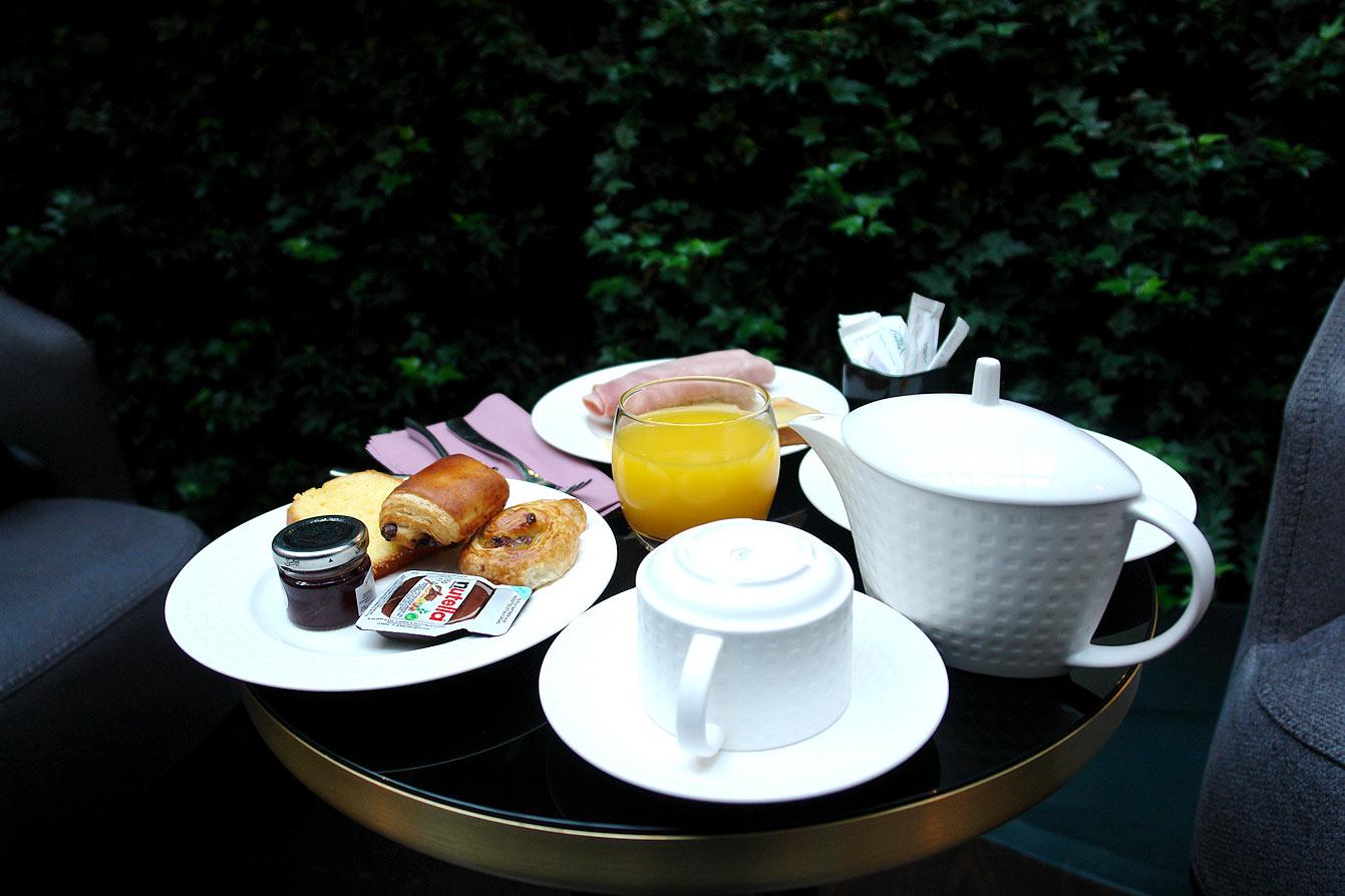 Petit déjeuner à l'Hôtel Parisis