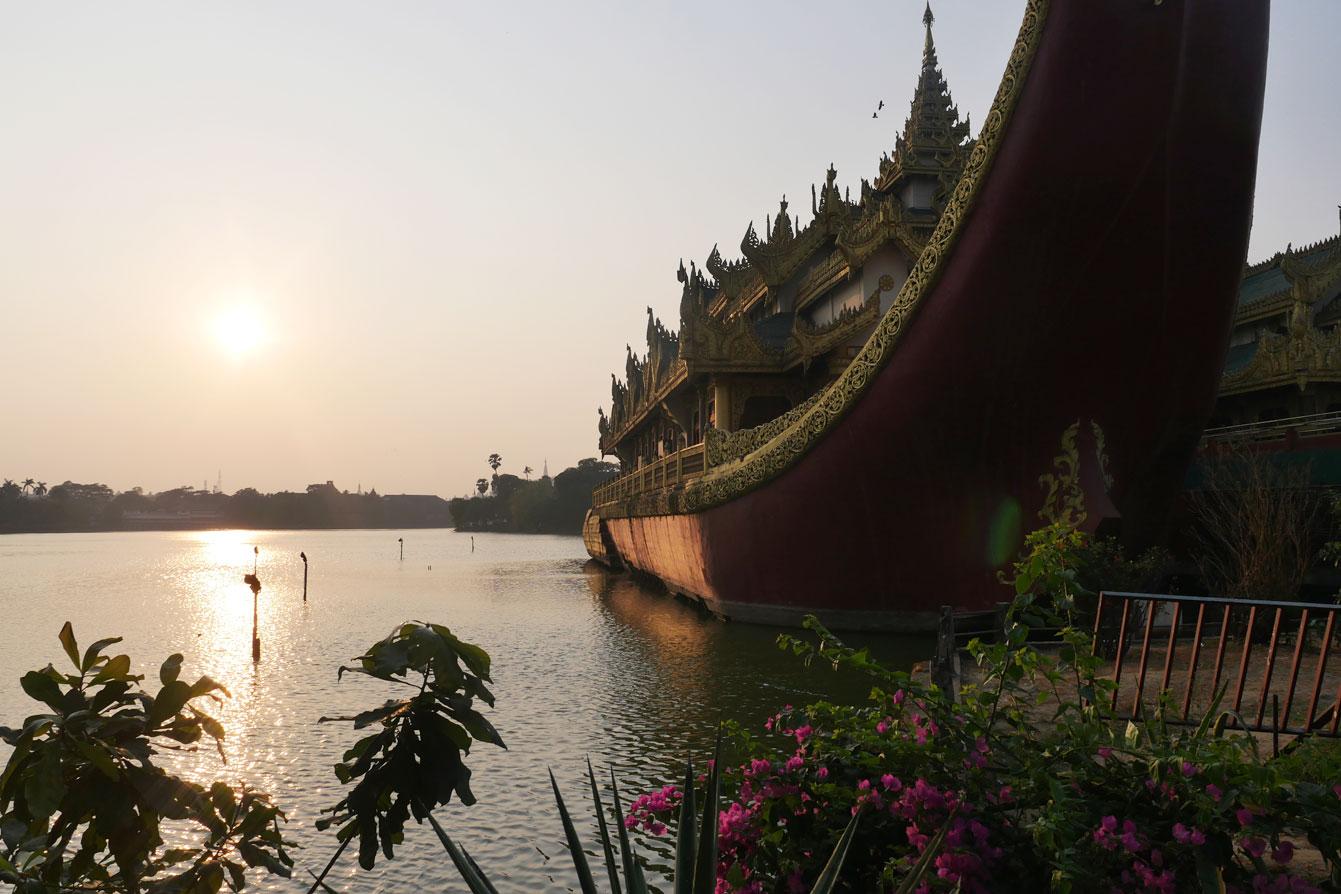 myanmar-lake-yangon2