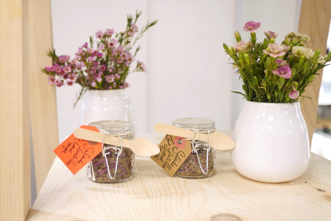 Atelier floral à la nouvelle boutique HEMA (Paris 1er)