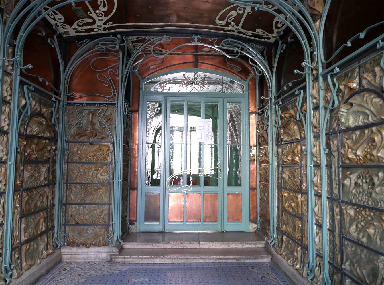Entrée du Castel Béranger, Paris 16e