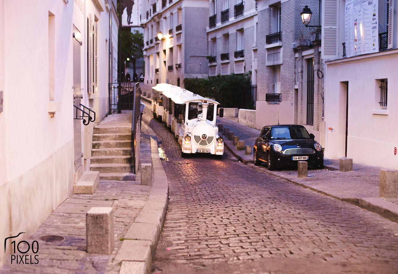 Le petit train de Montmartre qui amène au Musée