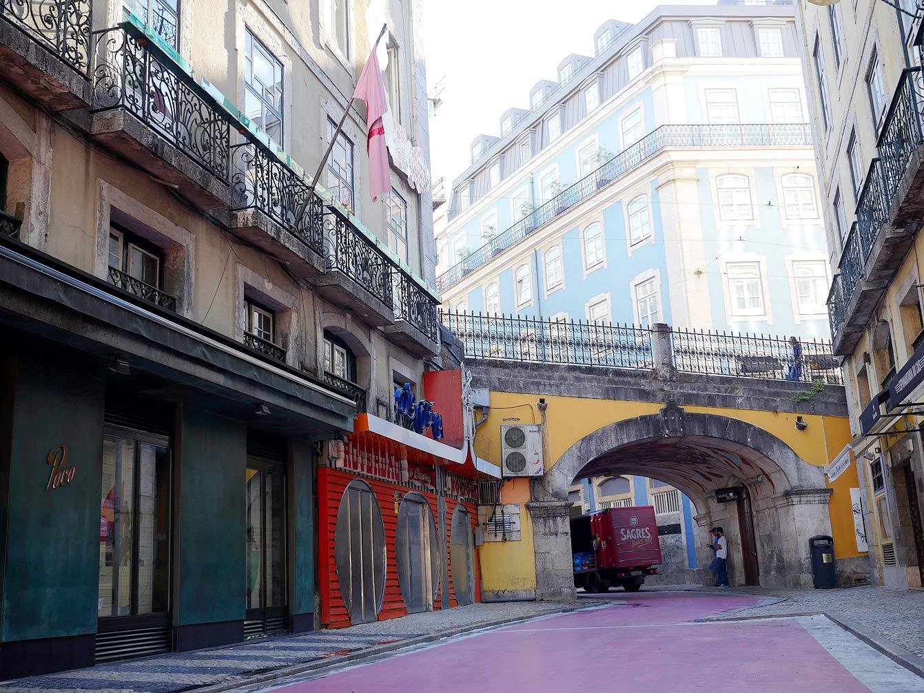 lisbonne-pink-street-130