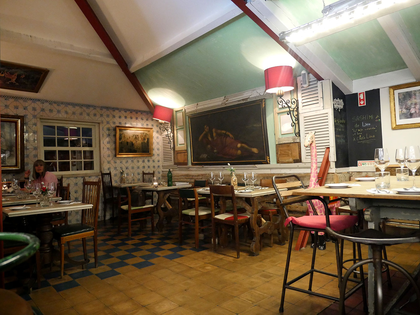 Lisbonne, the insolito, restaurant