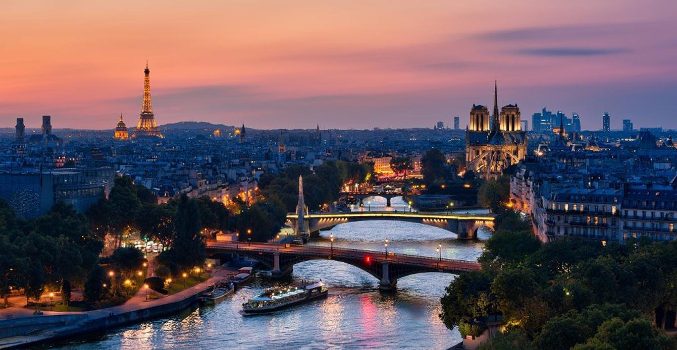 Dîner croisière avec Paris en Scène