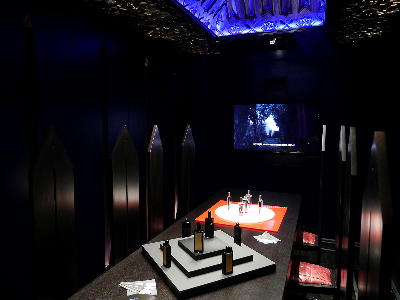 serge-lutens-espace-palais-royal-14