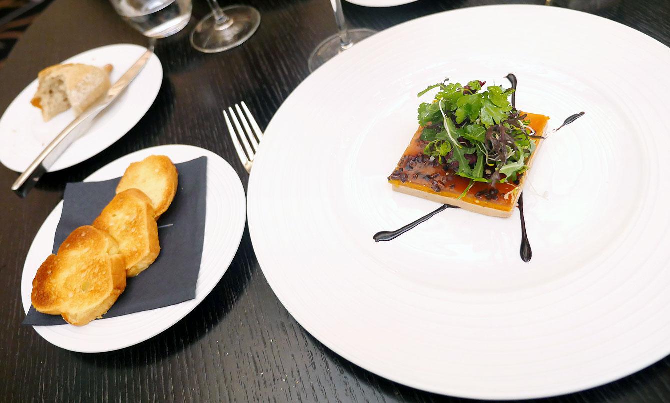 Foie gras, Restaurant le V, à l'Hôtel Vernet