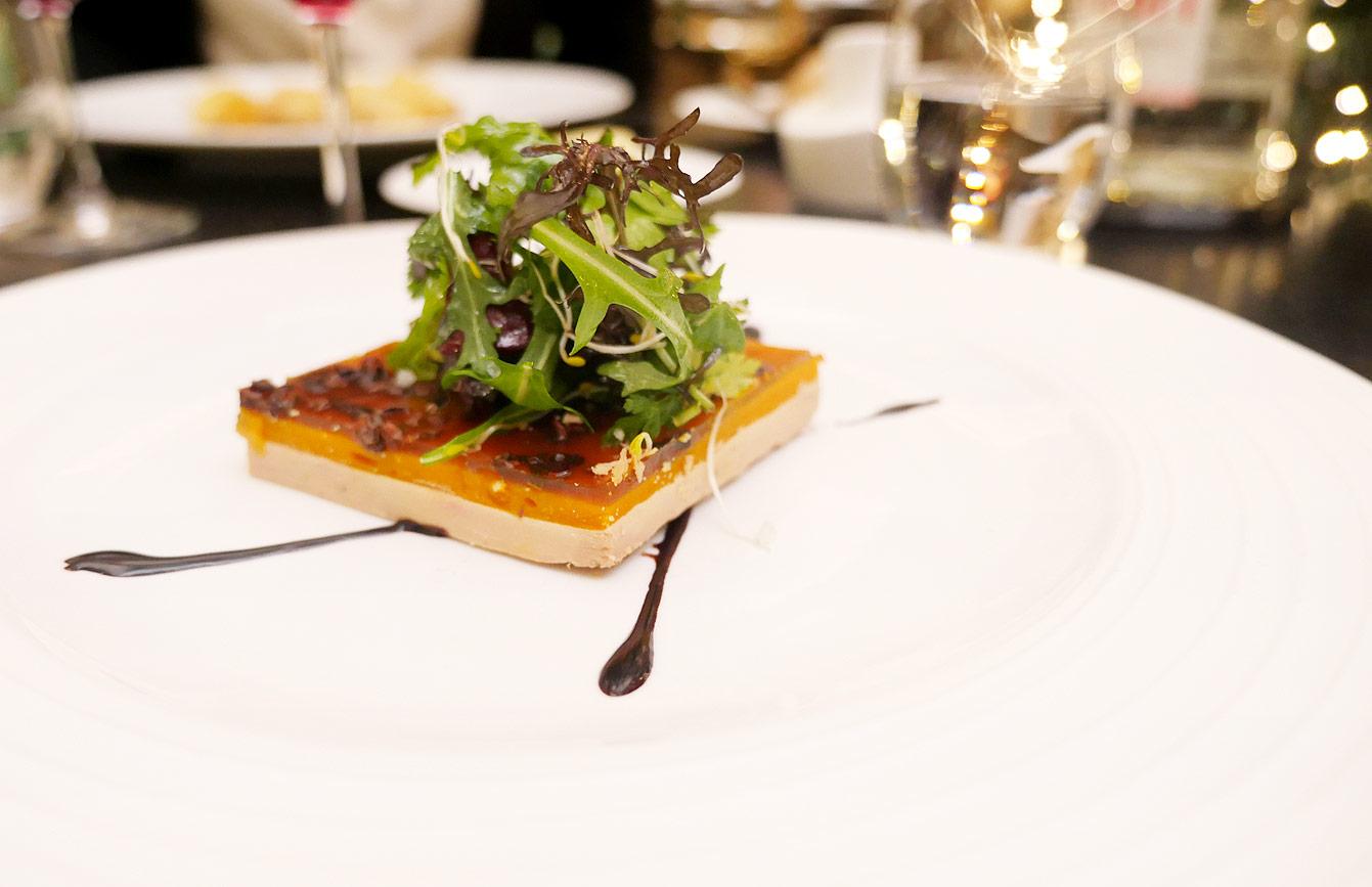 Foie gras de canard, potimarron et gelée au gruet de cacao, hotel-vernet restaurant