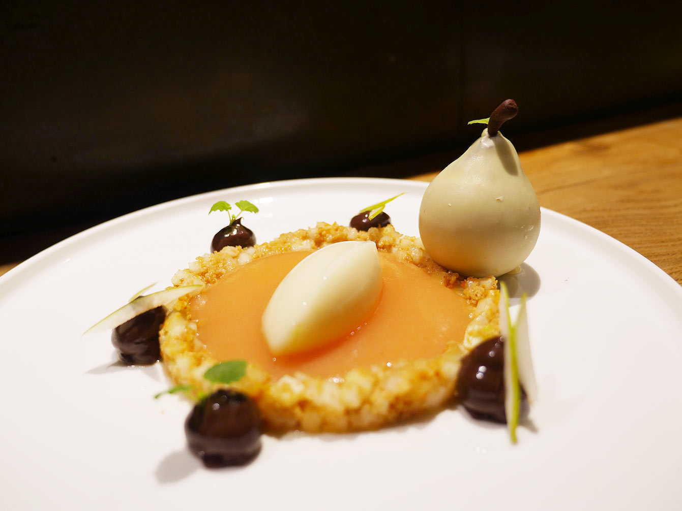 La sphère belle Helène, desert au restaurant Uma