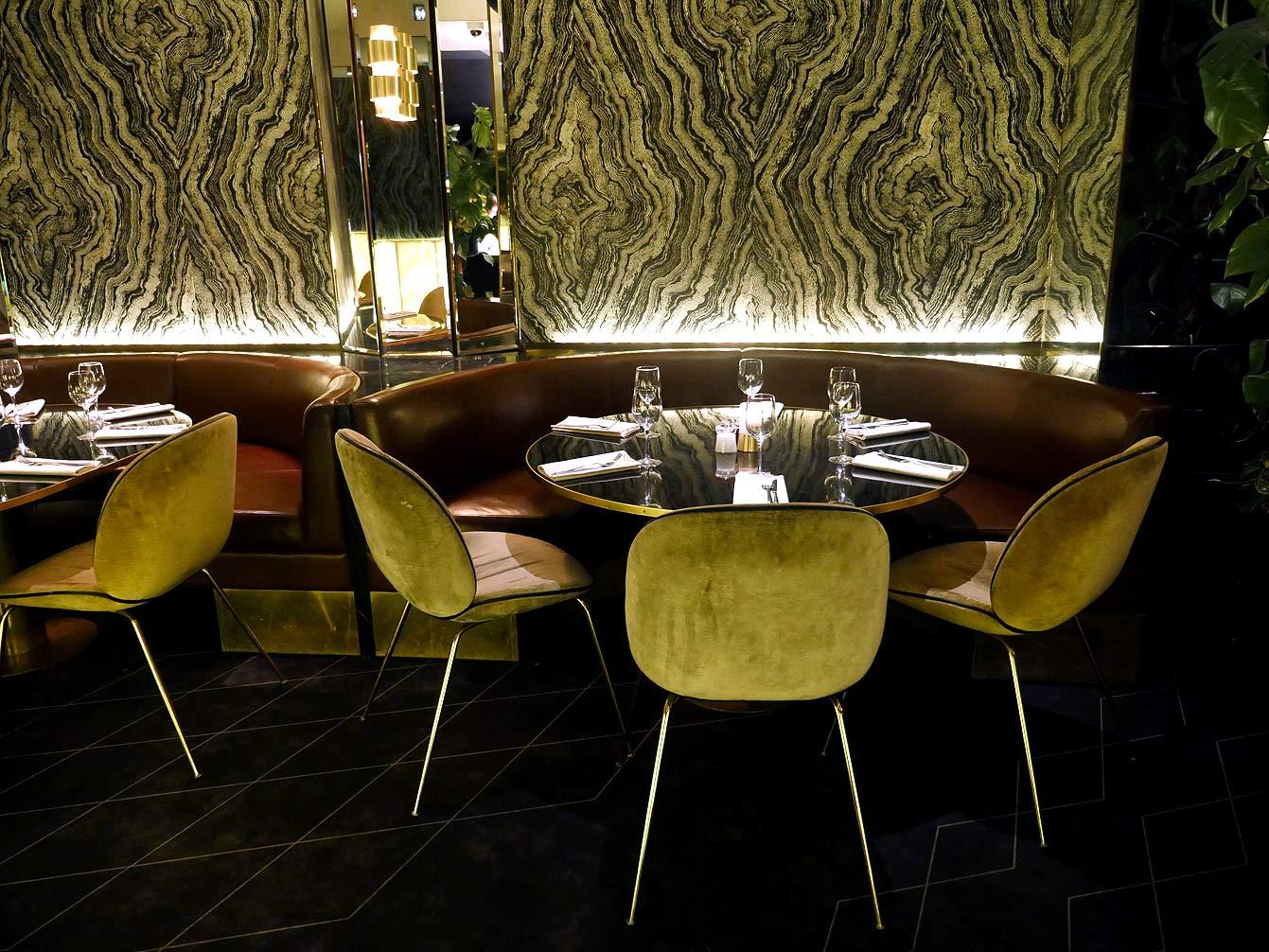 yeeels-bar-restaurant