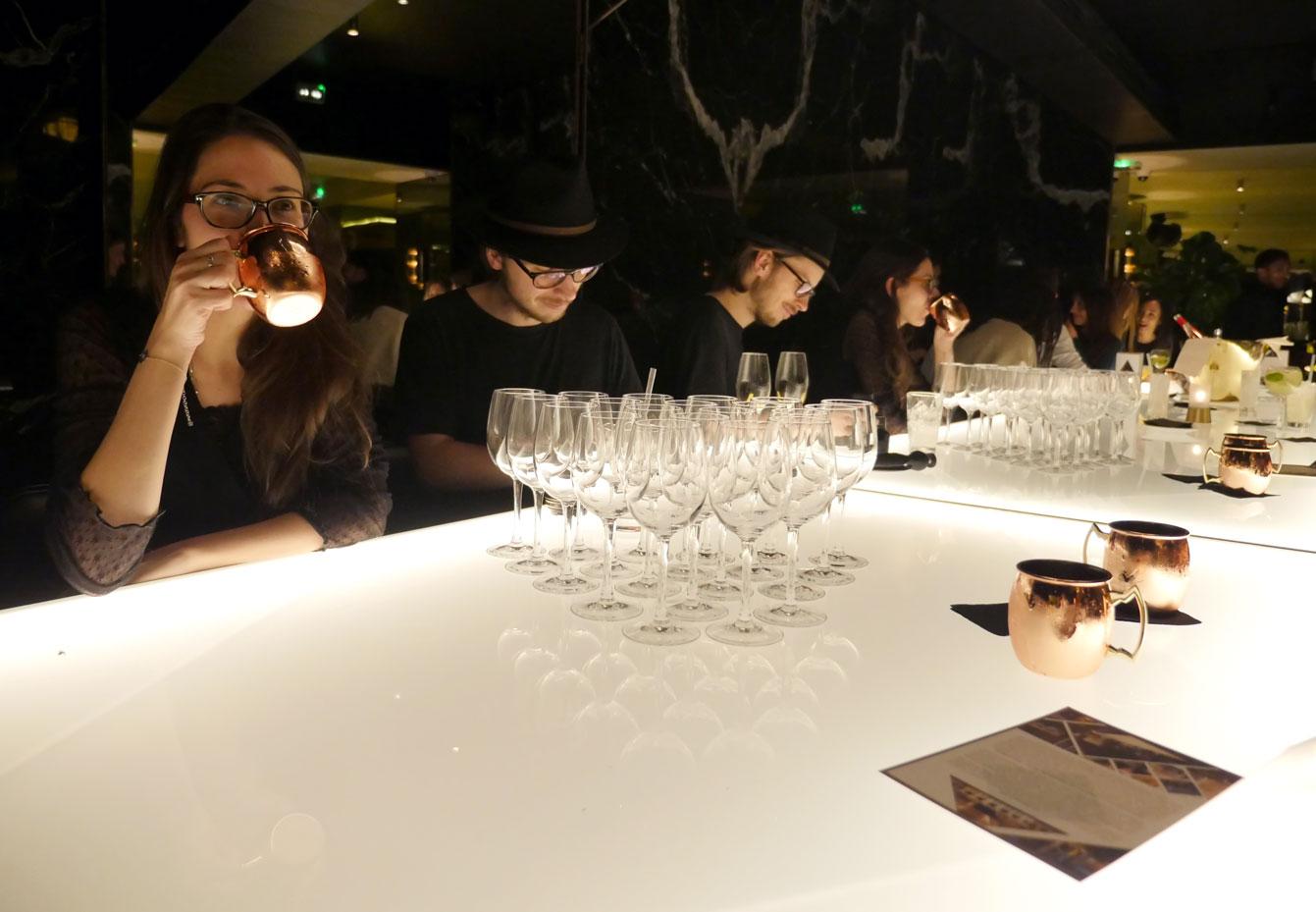 yeeels-bar-restaurant12