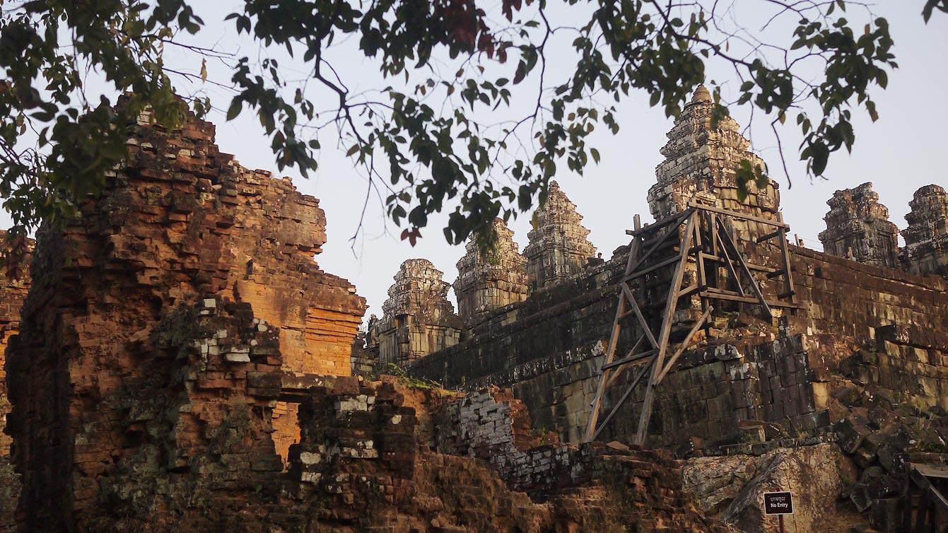 temple moyenâgeux de Phnom Bakheng