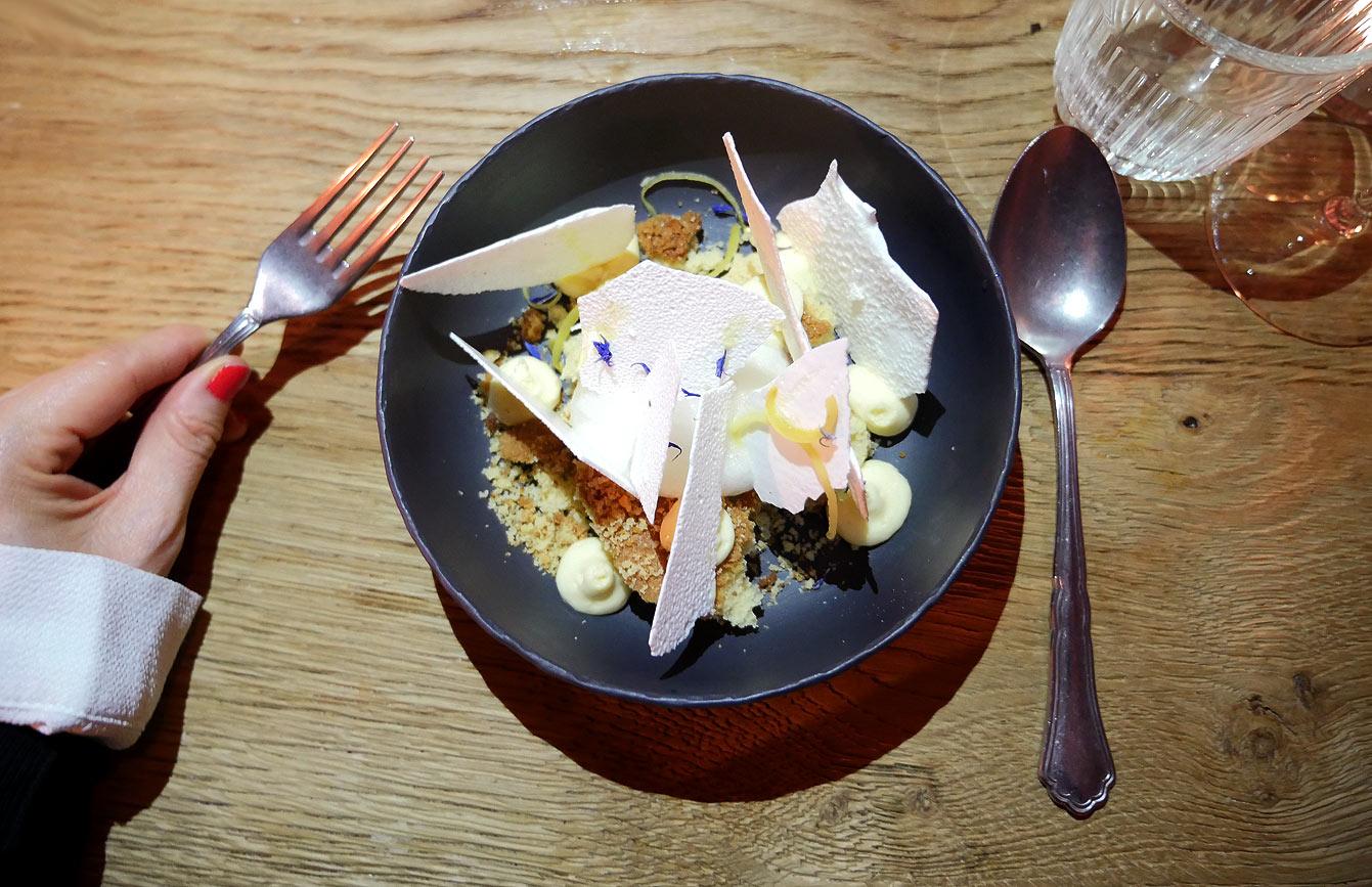 Dessert chez ISTR, restaurant