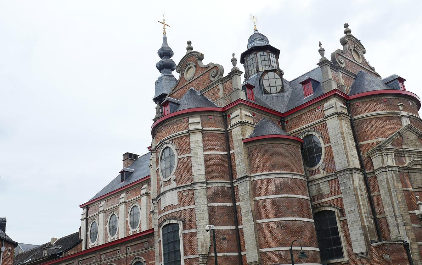 77-eglise-de-Notre-Dame-aux-Riches--Claires