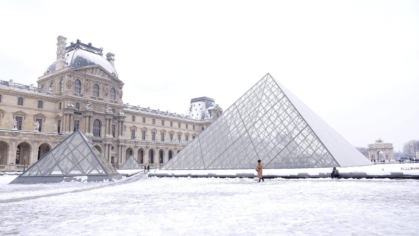 pyramide-louvre-03