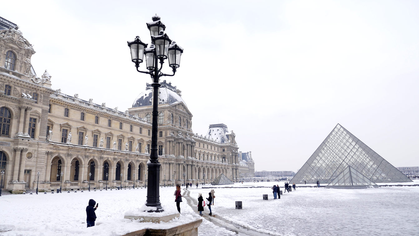 pyramide-louvre-04