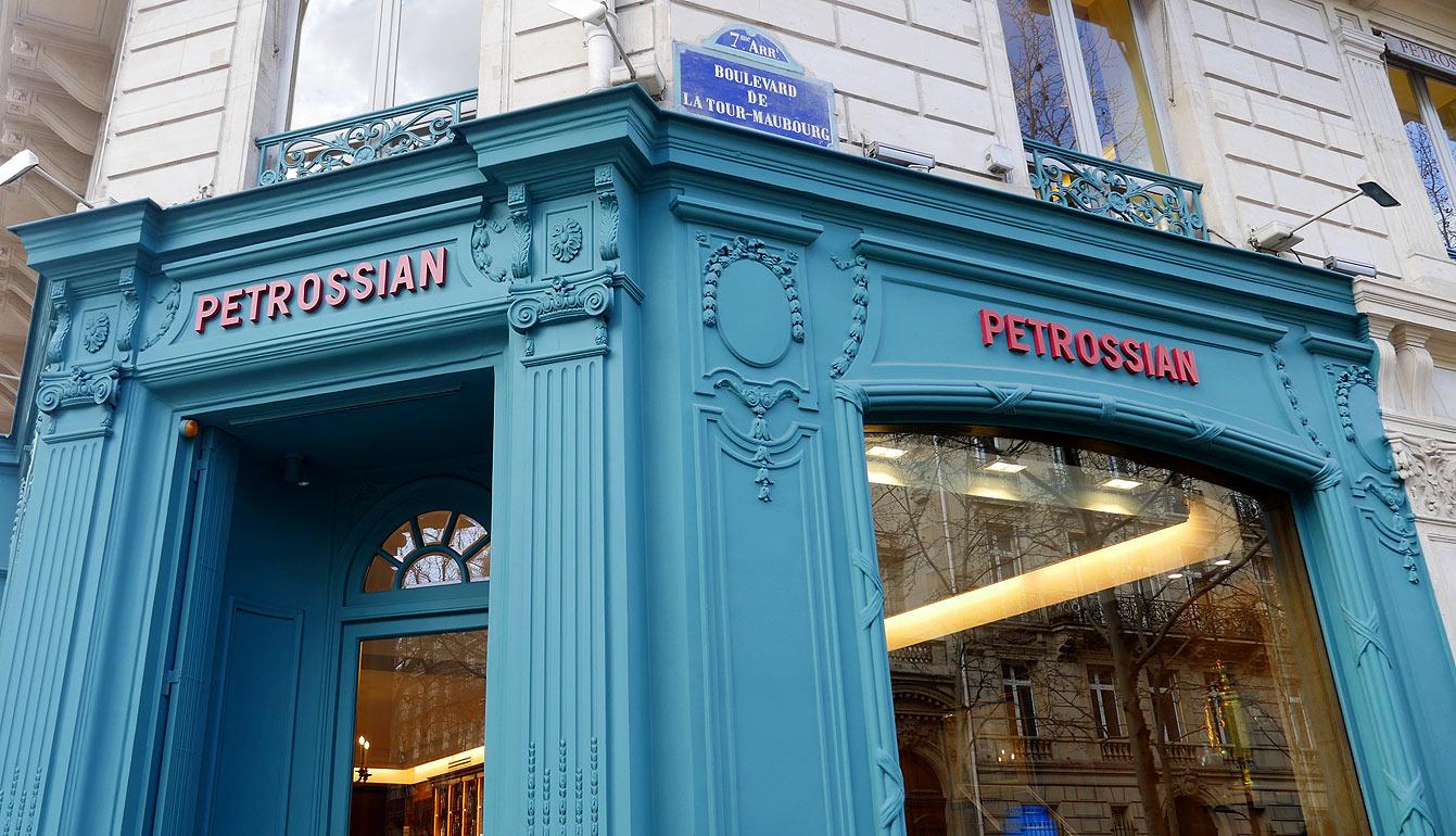 Le restaurant et boutique Petrossian, Paris 7e