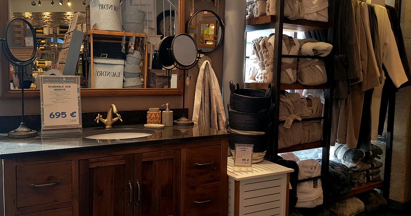 Scandilodge : meuble avec vasque en bois