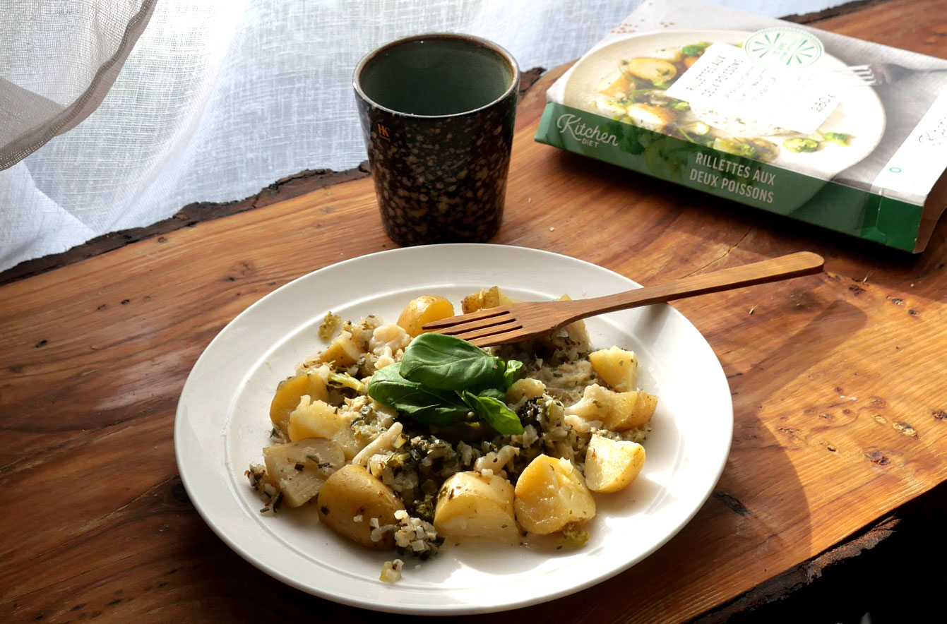 Rillettes aux deux poissons, grenailles et petits légumes, vinaigrette de chou-fleur